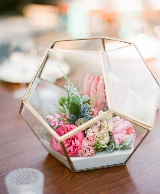 Terárium s květinami