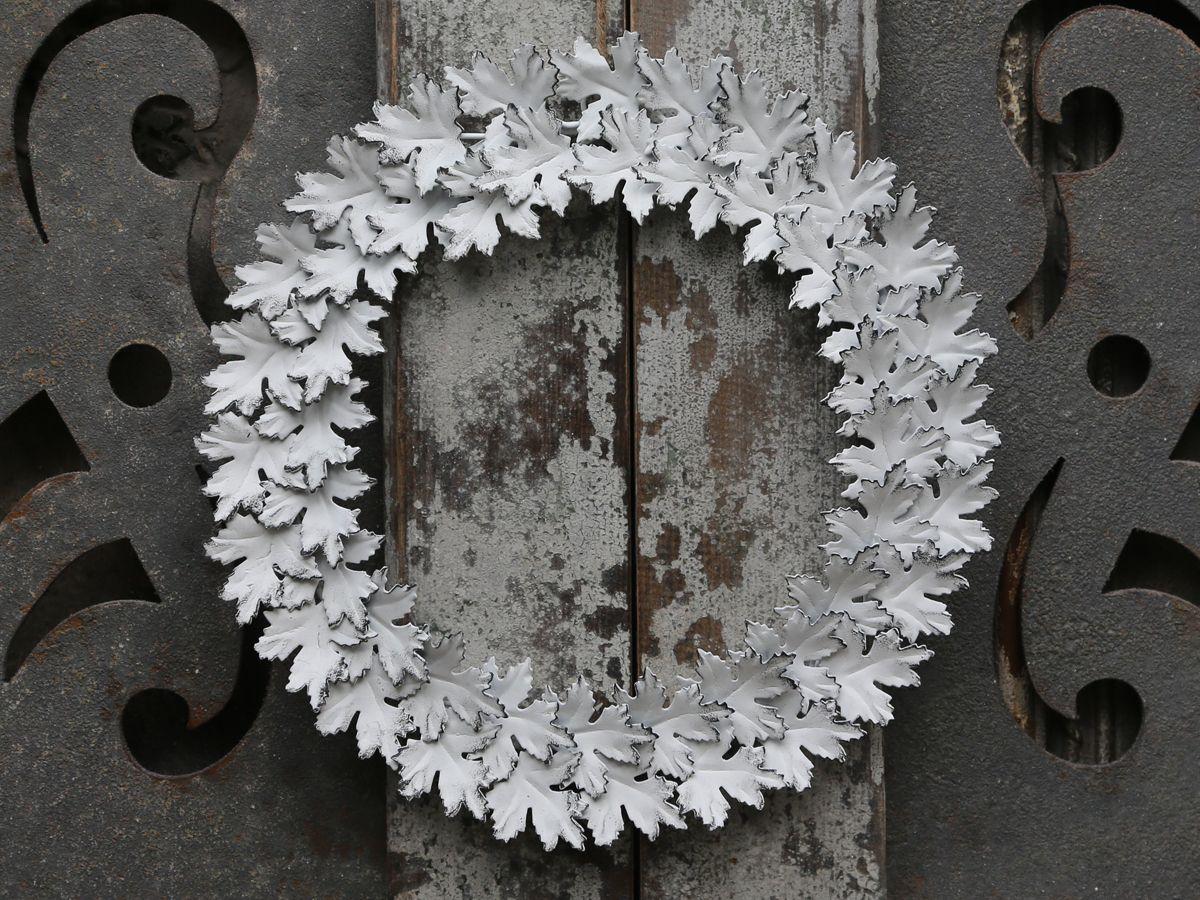 66f0e9910 Jesenné vence na dvere v škandinávskom štýle pre dokonalú atmosféru